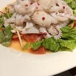 95842990 - 白烏賊とトマトのサラダ山椒風味