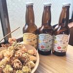 高尾ビールおんがたブルワリー&ボトルショップ - ドライホップと瓶ビールのサンプル
