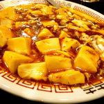 9585921 - 四川風麻婆豆腐です、一応クラッシュドペッパーが入っていて四川風の辛味はあったのかなと・・・