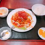 高園 - ⑤油淋鶏 骨なし(820円)【平成30年11月03日撮影】