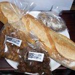 原パン工房 - ビスコッティとクロワッサンラスク・バタール・胡桃とイチジクのパン