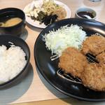きんのつる -  特選ヒレカツ定食920円