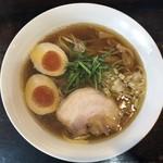 桐麺 - 鶏出汁醤油らーめん