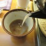 手打そば さかき - 蕎麦湯にはかなりの粘度が