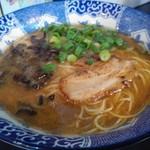 JIN - 極煮干し細麺800円