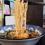 JIN - 極煮干し細麺800円麺アップ