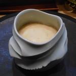 95877421 - フルーツトマト、ブルーチーズの茶碗蒸し