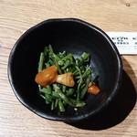 ヒノマル食堂 - お通し 350円