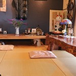 cafe&gallery 三日月や -