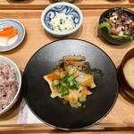 カフェ&ミール・ムジ - 一汁三菜セット ¥950