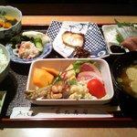 藤九寿司 - お昼の定食
