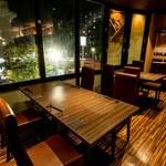 肉と野菜と マルセン24 - 窓際席
