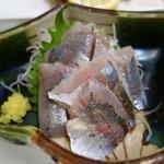 かご平 - 料理写真:(2018/9月)地アジ刺身