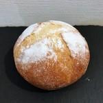 ハートブレッド アンティーク - 料理写真:湯種ブール ブレッドナイフでのカットが大変なほどふわっふわ