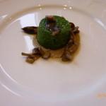 サバティーニ・ディ・フィレンツェ - ほうれん草のスフォルマティーノ キノコのクリームソース
