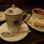 ロンドンティールーム - 紅茶とセットにしました!