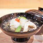 95910357 - お椀  鱧、 じゅん菜、 オクラ、 早松茸