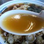 松月 そば店 - スープ