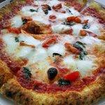 9592125 - 水牛ミルクのモッツァレッラチーズのマルゲリータ \1800-