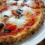 9592126 - 水牛ミルクのモッツァレッラチーズのマルゲリータ \1800-