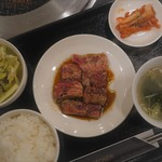 焼肉マスターキッチン -
