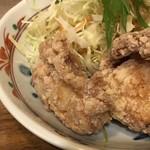 みよしの食堂 - *下味がよく浸みていますし、 片栗粉を使用し竜田揚げ程衣は硬くないですが、サクサク食感で美味しい。