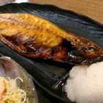 吉池食堂 - 今日の焼魚定食は鯖。