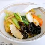 光琳 - 油切れのいい、野菜たっぷり中華丼