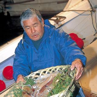 漁師・市場・活魚配送のみなさんの熱い想いをお料理にします!