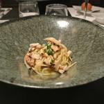 リストランテ カノフィーロ - カナダ産松茸とひむか地鶏のアーリオオーリオ フェデリーニ