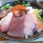 95946559 - 海鮮丼大盛り