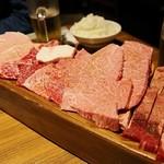 炭火焼肉 まるじゅう - 特まるじゅう盛4,990円
