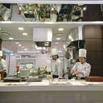 キッチンステージ - オープンキッチン