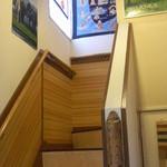 ティーランカ - 階段を上がり2階の店内へ・・