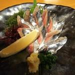 95952810 - 秋刀魚刺身