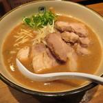 麺や輝 - チャーシューメン \900