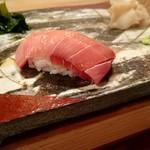 ゆう座 - 料理写真:中トロ