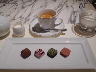 STAR JEWELRY CAFE & Chocolatier - ショコラとエスプレッソ