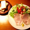 Kafehanamame - 料理写真:自家製ハムとパン