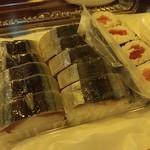 榮寿司 - さんま棒寿司&鉄火巻