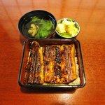 ぼうず - 料理写真:宍道湖産天然うなぎ