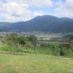 檪の丘 - 高台にあるので此処からは由布院盆地が見渡せる最高のロケーションです。