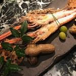95990157 - 沼津産の手長海老。程よい身の弾力、強い旨味が素敵な一品です。
