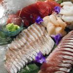 粥茶屋 写楽 - お造り 本マグロ、ホウボウ、真鯛、タコ