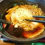 五味八珍 - 麺モチっとして美味しいですよ!