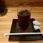 アンジュ - ドリンク写真:岩屋湧水のアイスコーヒー500円
