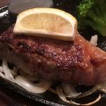 ステーキのあさくま - 料理写真:サーロインステーキ(2018.11.現在)
