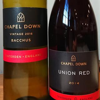 イギリスのワイン「チャペル・ダウン」白・赤