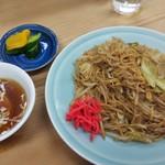 95999501 - いりそば530円。茹でた細麺と野菜をソースで味付け炒めたもの。