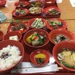 方広寺 - 料理写真:目にも艶やかな精進料理です。